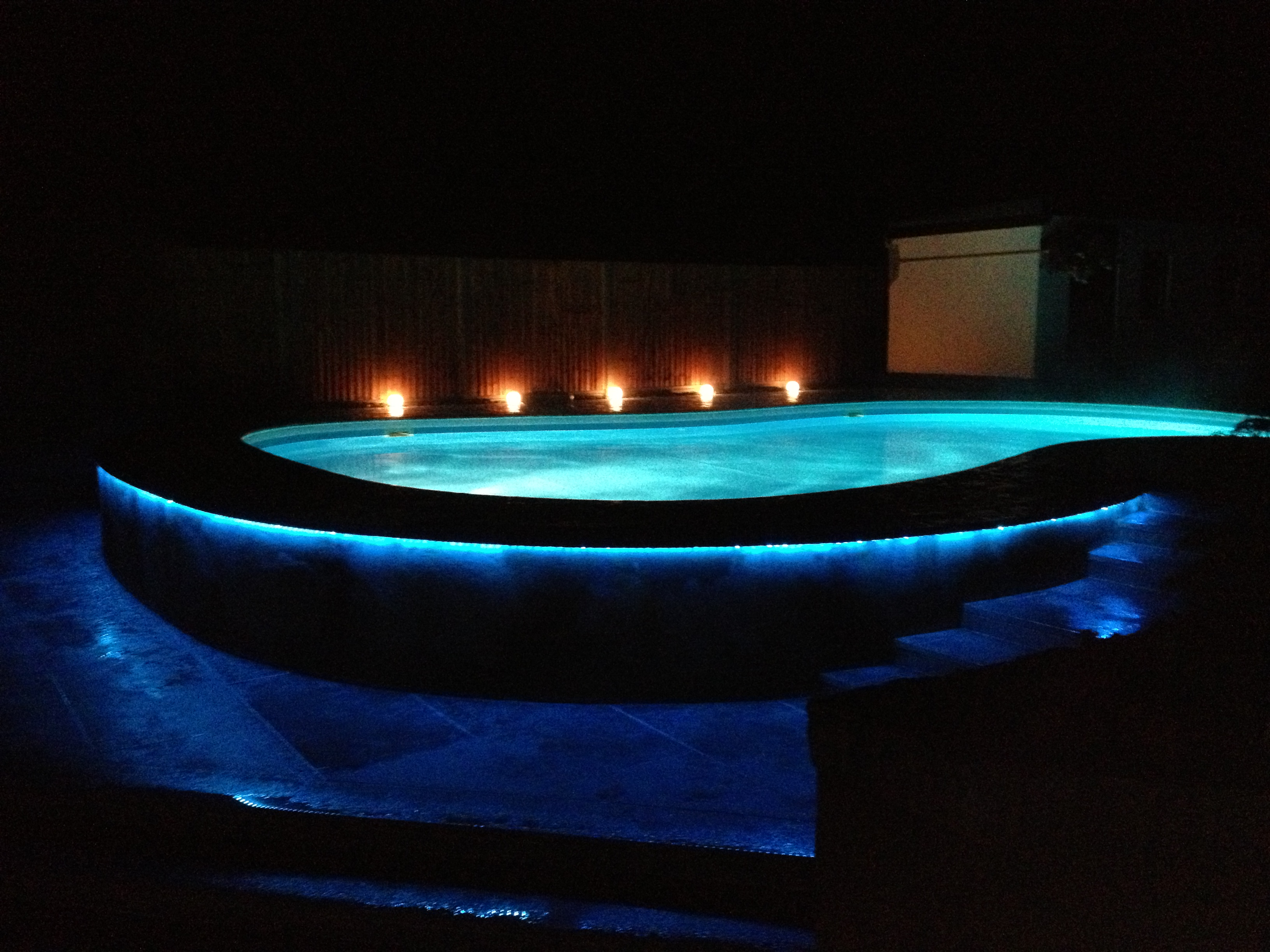 Garden and swimming pool lighting stuart moth moth lighting - Swimming pool lighting design ...