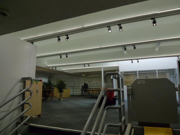 Moth Lighting - Gallery lighting