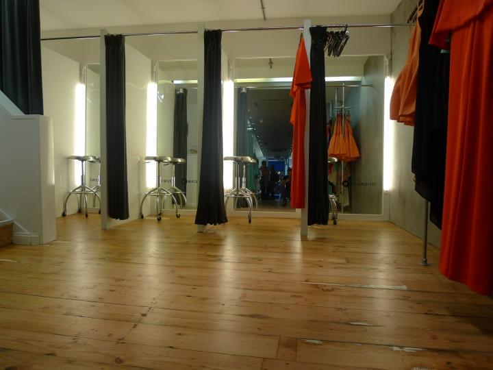 Changing room lighting