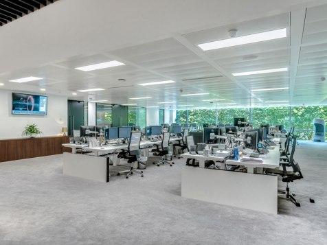 moth-lighting-office-lighting-design-1